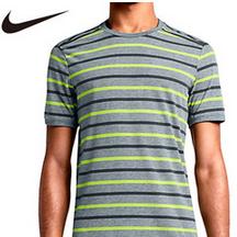 嵐のニノ着用!ナイキのテイルウィンド ストライプ Tシャツ