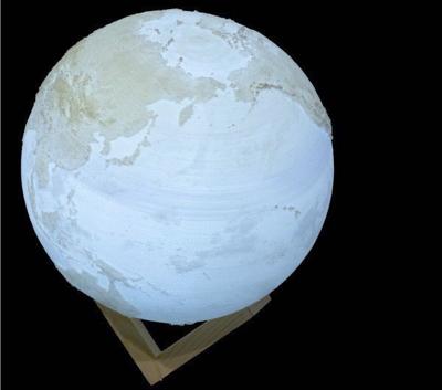 月(地球・惑星)をモチーフにした間接照明の白色バージョン