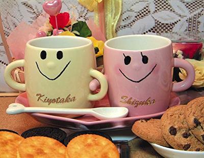 名入り、名入れ、なかよしペアマグカップ(コースター、スプーン付)(アイボリー、ピンク)