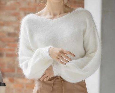 MEW'S REFINED CLOTHES(ミューズ リファインド クローズ)袖ボリュームフワニット