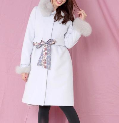 MISCH MASCHスカーフ付きファー使いタックコート