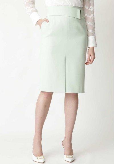 PINKY&DIANNE(ピンキー アンド ダイアン)メタルバーベルト付きタイトスカート