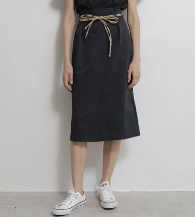 TONAL(トーナル)ベルト付ハイウェストタイトスカート