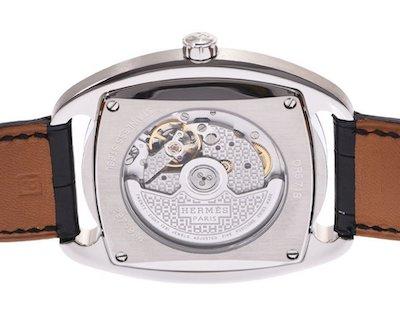 中居正広さん着用のエルメスの腕時計のキャリバー(ムーブメント)