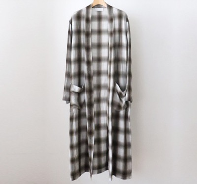 PHEENY(フィーニー)Rayon ombre check robe