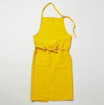 半沢直樹シーズン2で上戸彩が着用の黄色(イエロー)のエプロン