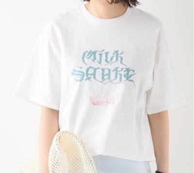 QUSSIO(クーシオ)MILK SHAKE ロゴプリントTシャツ