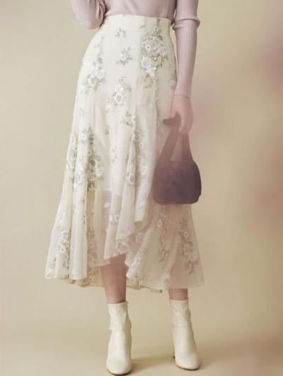 mercuryduo楊柳刺繍イレヘムロングスカート