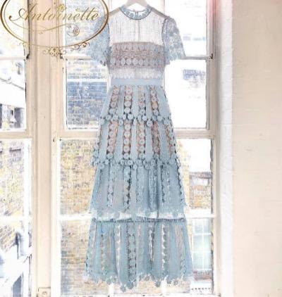 Antoinettelace maxi blue dress