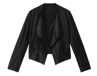 ドラマ「危険なビーナス」で吉高由里子さんが着用している黒色のジャケット