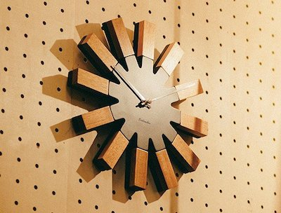 Wielko(ヴィエルコ)INTERFORM(インターフォルム)壁掛け時計