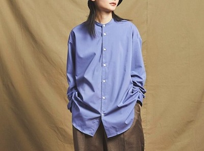 MAISON SPECIALプレーンストレッチオーバーサイズバンドカラーシャツ