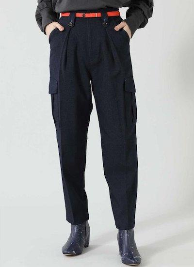 夏帆さんがドラマ「珈琲いかがでしょう」1話で着用していたブラックのパンツ
