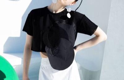 UN3D. サークルショートTシャツ