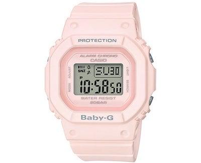 ドラマ「IP〜サイバー捜査班」で福原遥さん着用のピンクの腕時計