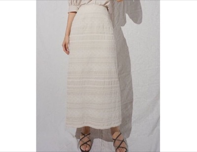 MERCURYDUO エスニック刺繍スリットタイトスカート